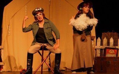"""Teatro Che y Moche, presenta: """"De Acá y de Allá"""""""